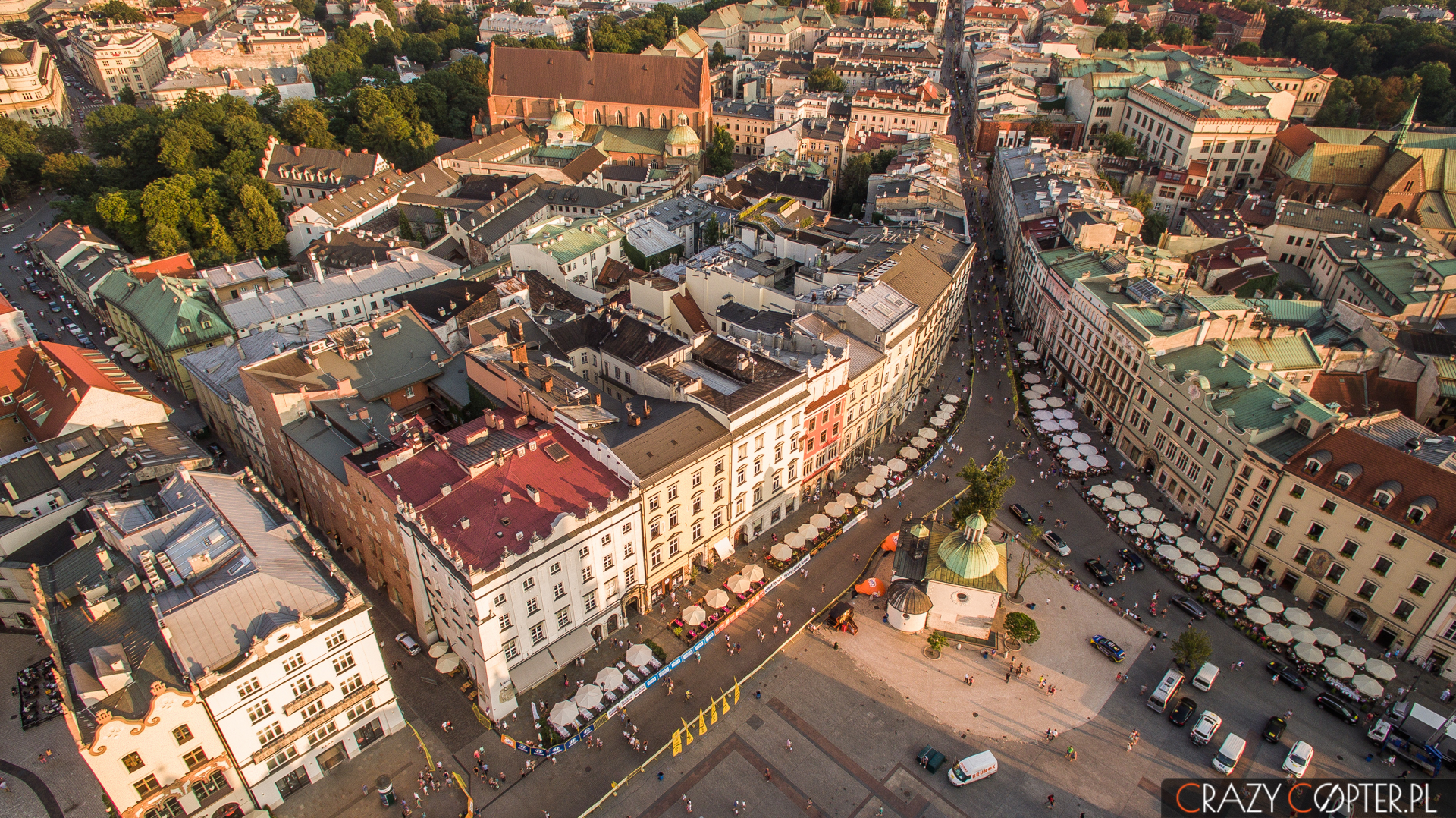 Rynek Główny wKrakowie podczas Tour de Pologne