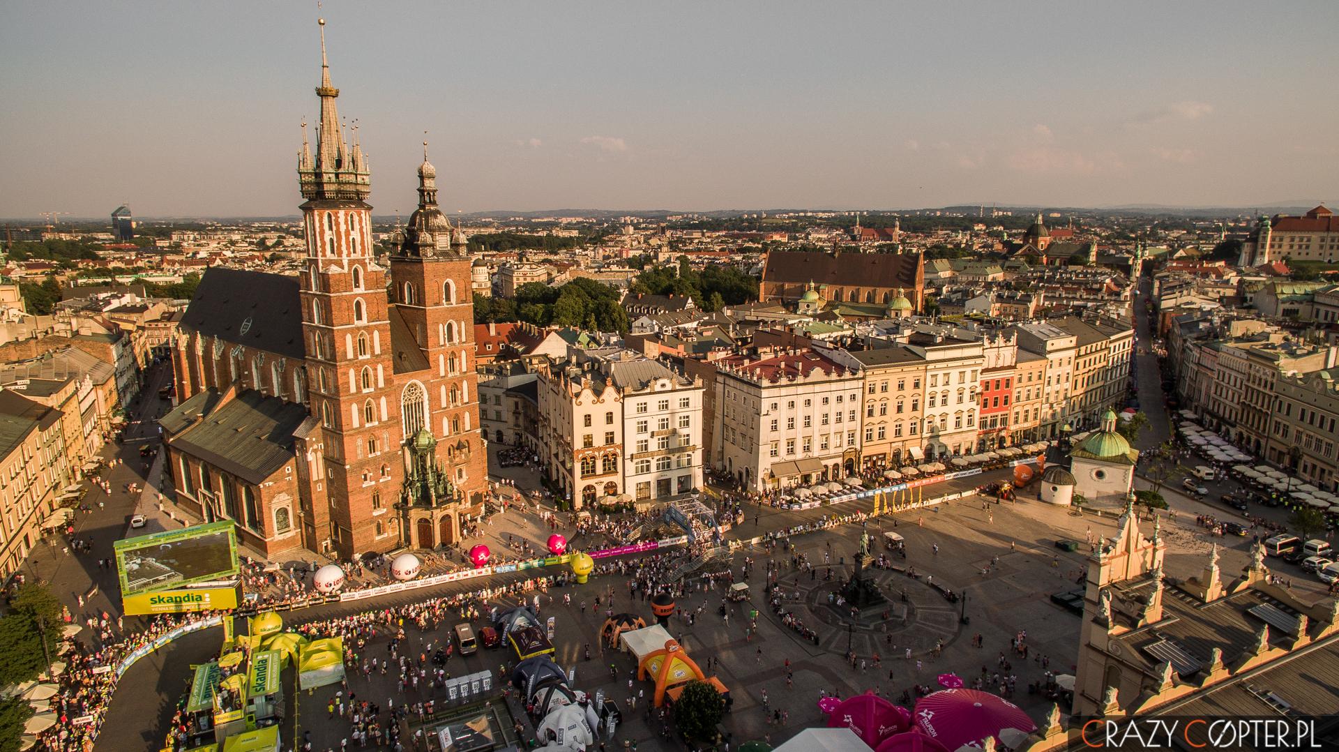 Rynek w Krakowie z drona - finał Tour de Pologne 2015