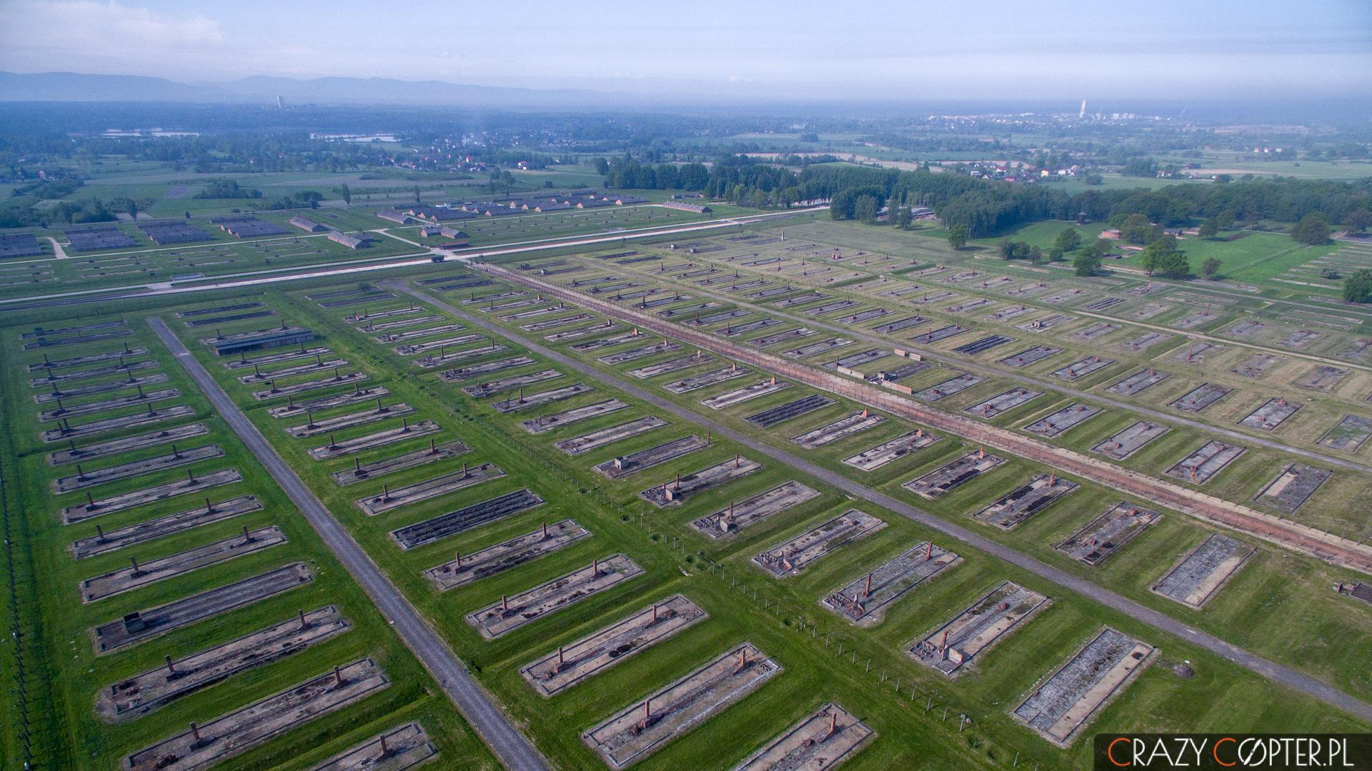 Obóz koncentracyjny Auschwitz-Birkenau - zdjęcia z drona