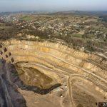 Zdjęcia przemysłowe - poglądowe zdjęcie kopalni odkrywkowej pod Krakowem.
