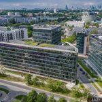 Ambassador Office Building przy Domaniewskiej na warszawskim Mokotowie - zdjęcia z drona.