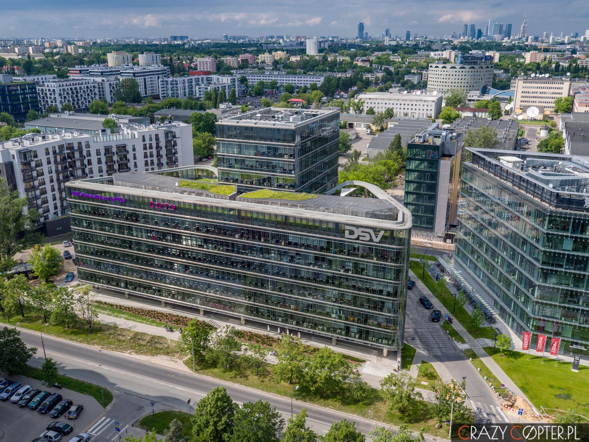 Ambassador Office Building przy Domaniewskiej nawarszawskim Mokotowie - zdjęcia zdrona.