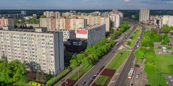 Ulica Kondratowicza na warszawskim Bródnowie - zdjęcie z drona Osiedla Gama - Targówek..