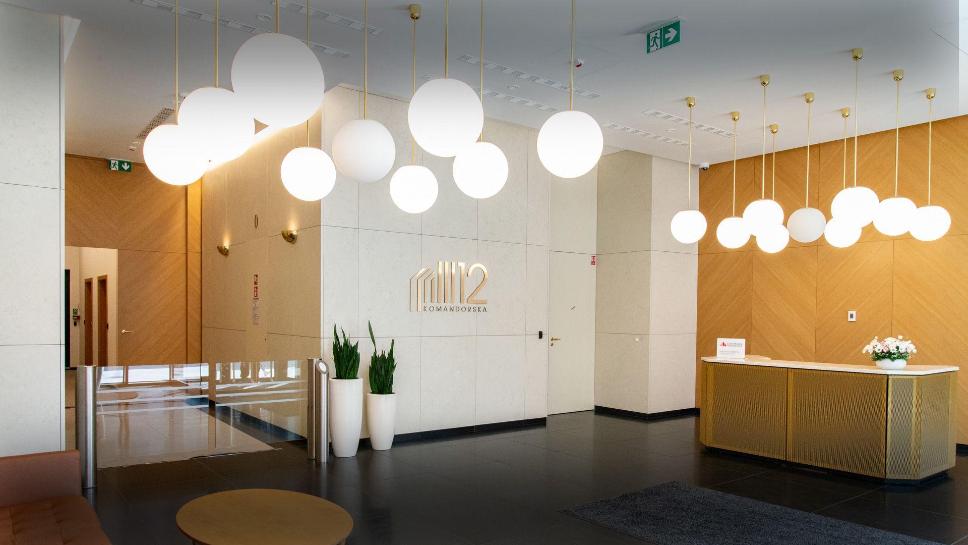 Recepcja i hall wejściowy biurowca - zdjęcia wnętrz